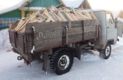 скільки кубів дров в ЗІЛі