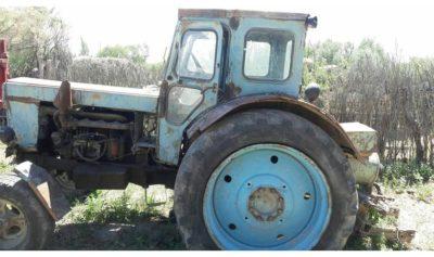 скільки важить трактор т 40