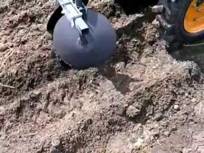 як садити картоплю мотоблоком