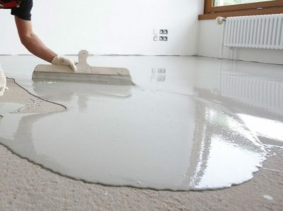 як вирівняти бетонну підлогу